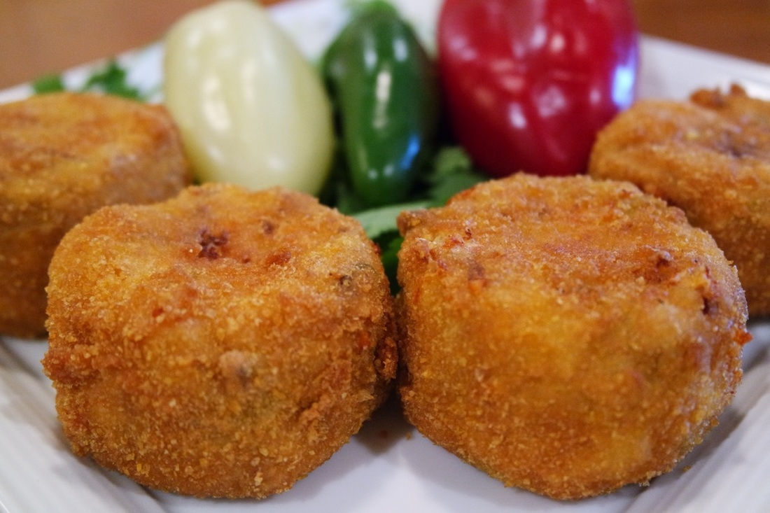 Queso Carnitas Poppers